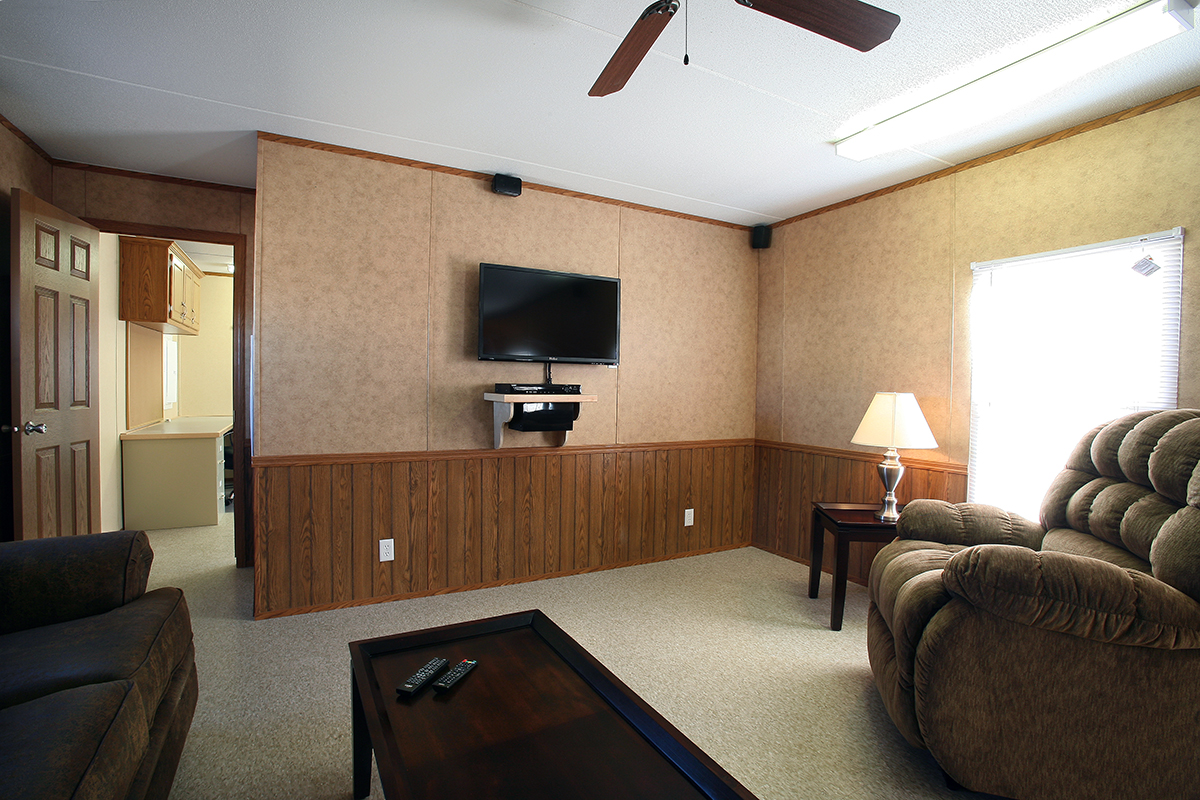 Rentals wheel mounted mobile homes tanmar companies llc - Interior pictures of modular homes ...